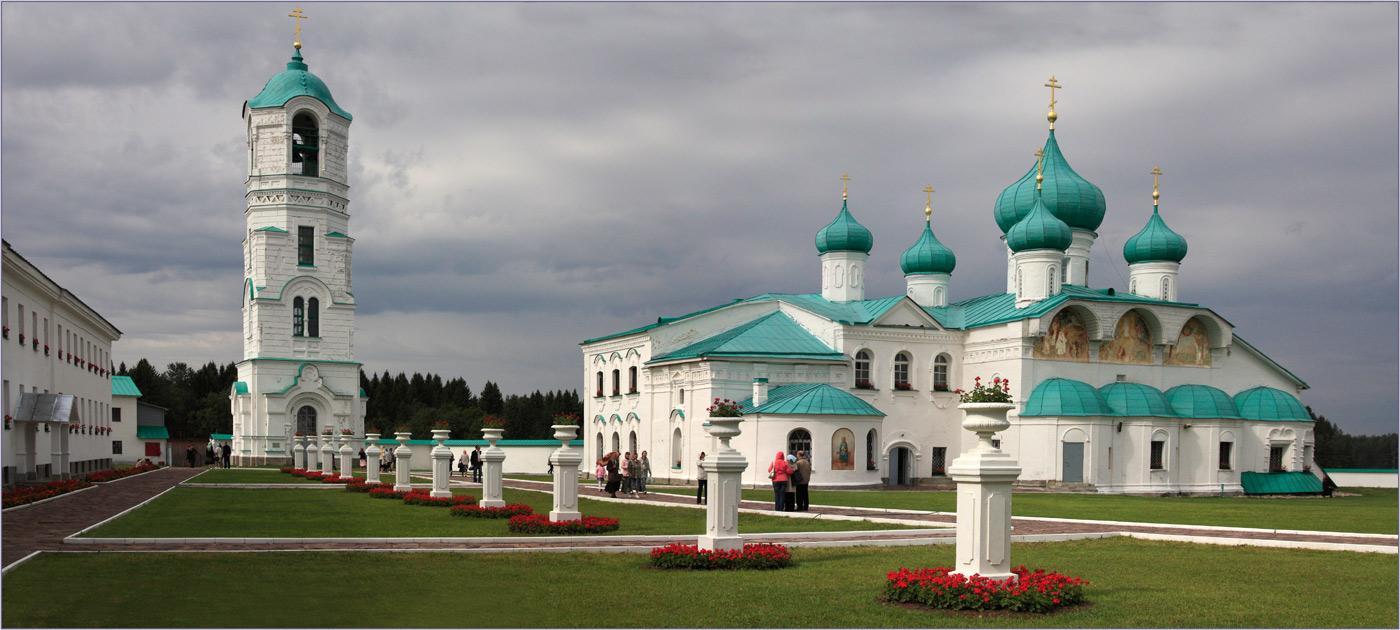Троицкий Александро-Свирский, Введено-Оятский монастыри.